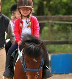 stage enfant à poney